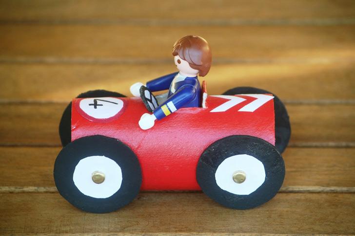 opopopotoilet-paper-roll-race-cars07