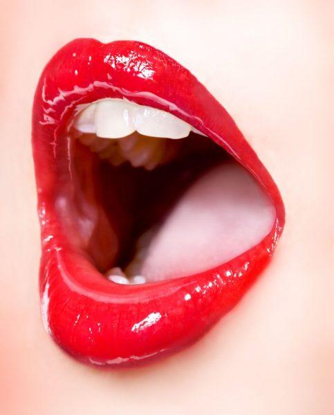 Сексуальные фото с языком 12 фотография